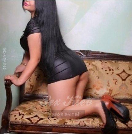 Проститутка Киева  Секс в авто